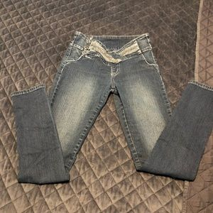 Women's jean buttons side! Size 3 made in Colombia